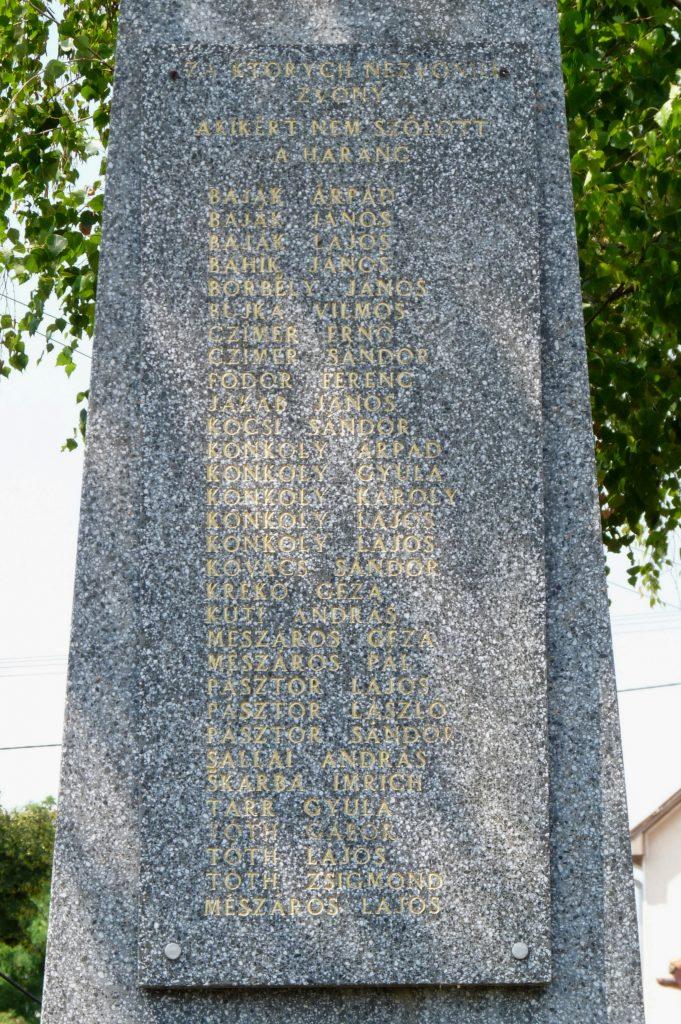 Az 1. és 2. világháborús emlékműve