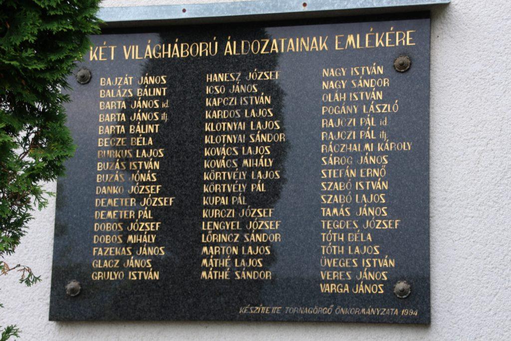 A két világháború áldozatainak emléktáblája