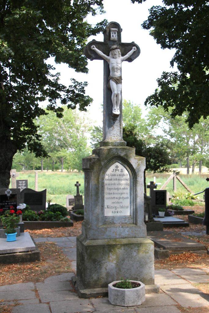 Temetői nagykereszt az újhelyjókai temetőben