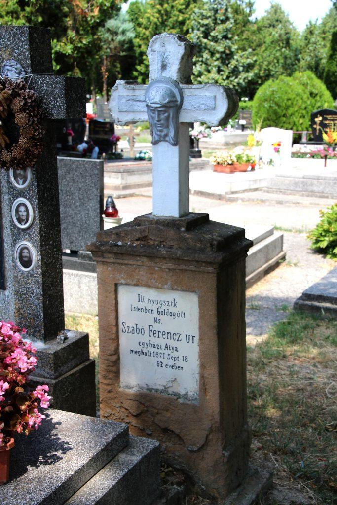 Szabó Ferenc egyházatya sírja