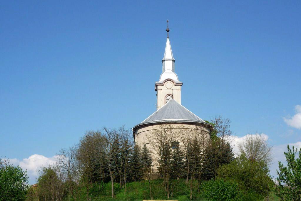 Kistárkányi református templom