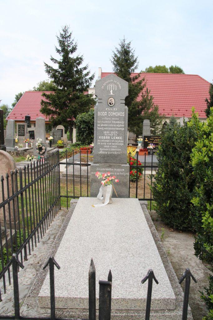 Fülei Boda Domokos református tanító sírja
