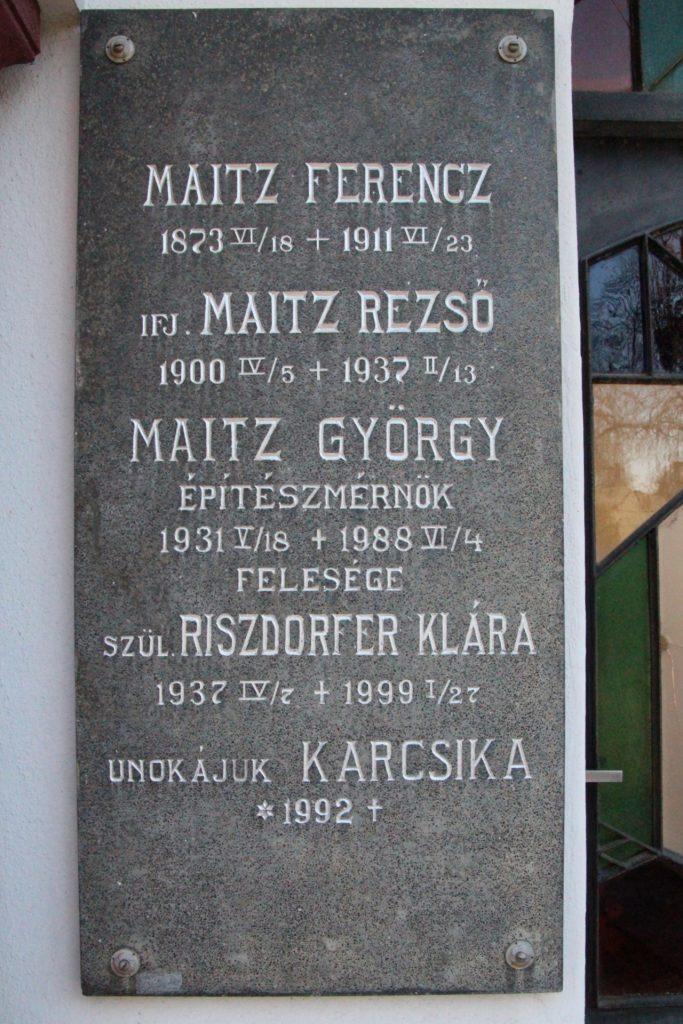 Maitz Rezső családi sírboltja