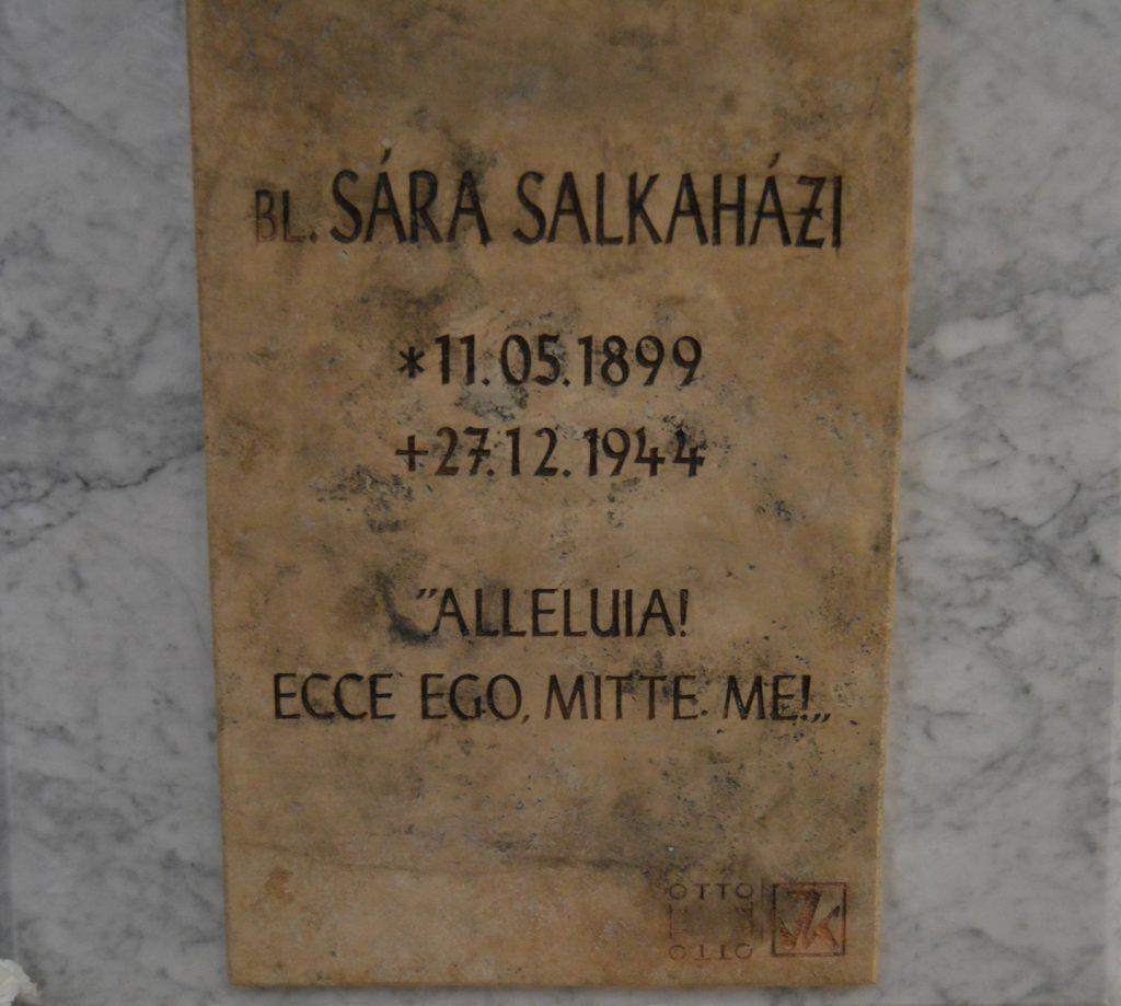 Salkaházi Sára szobra Kassán