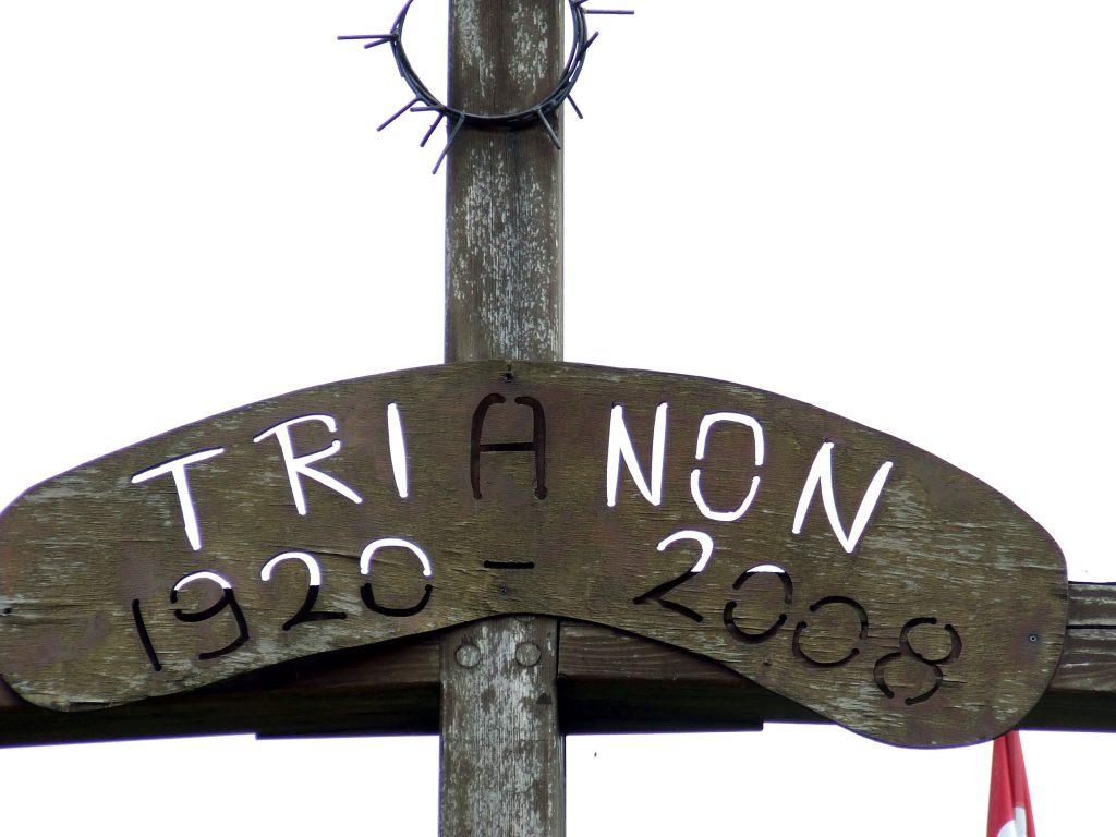 Trianon emlékkereszt Őrhalomnál