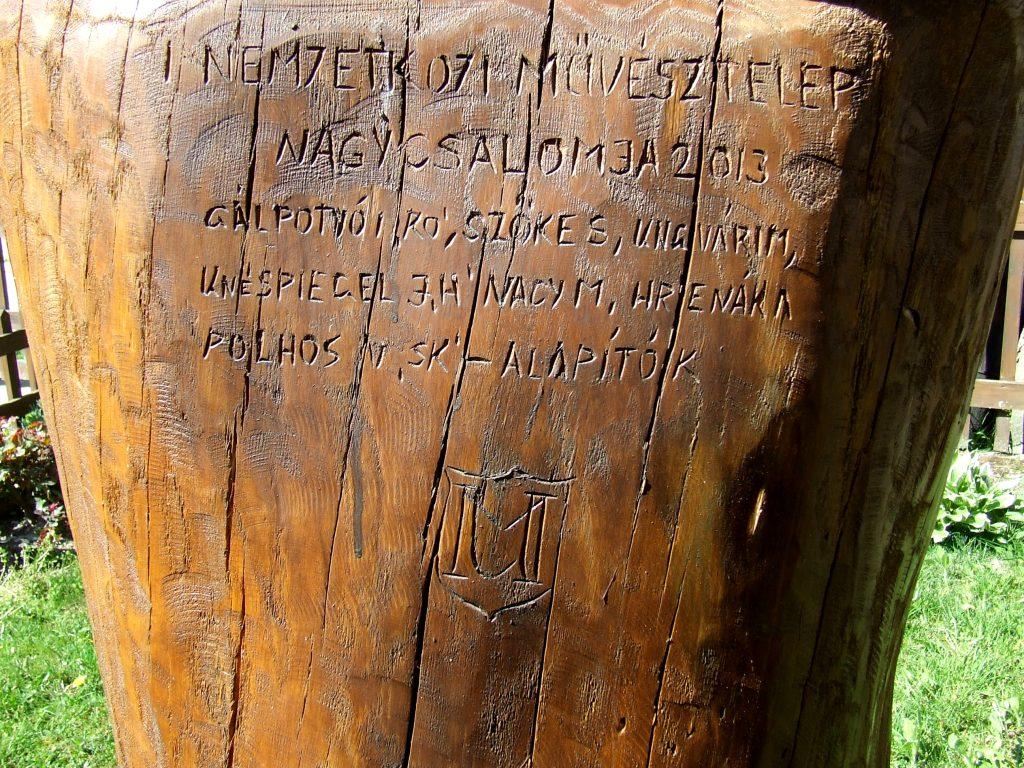 Az első nemzetközi művésztelep emlékére állított szobor
