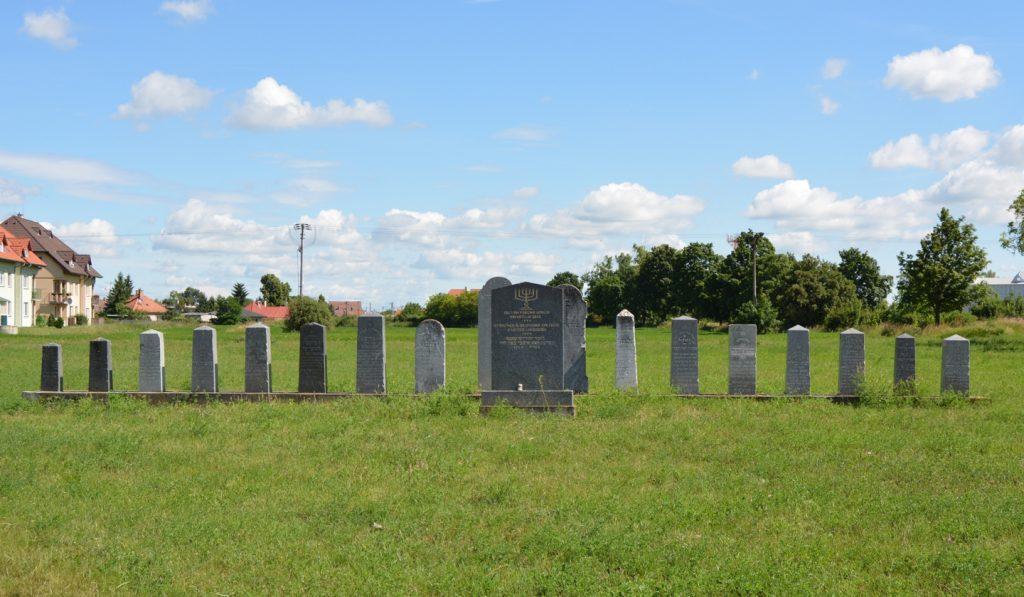 A fasizmus áldozatainak emlékműve