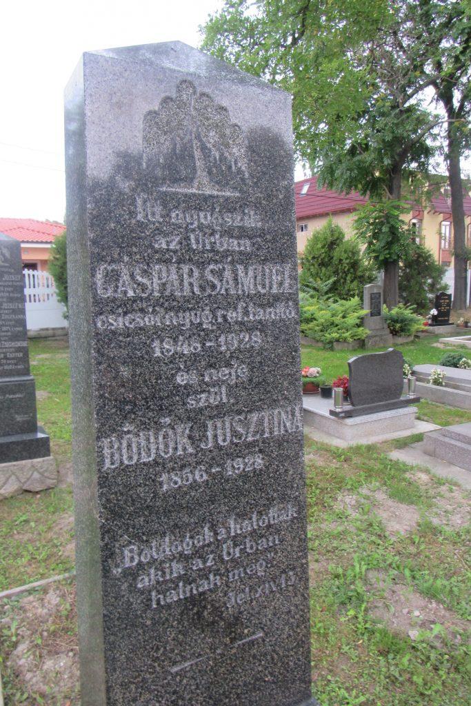 Gáspár Sámuel református tanító sírja