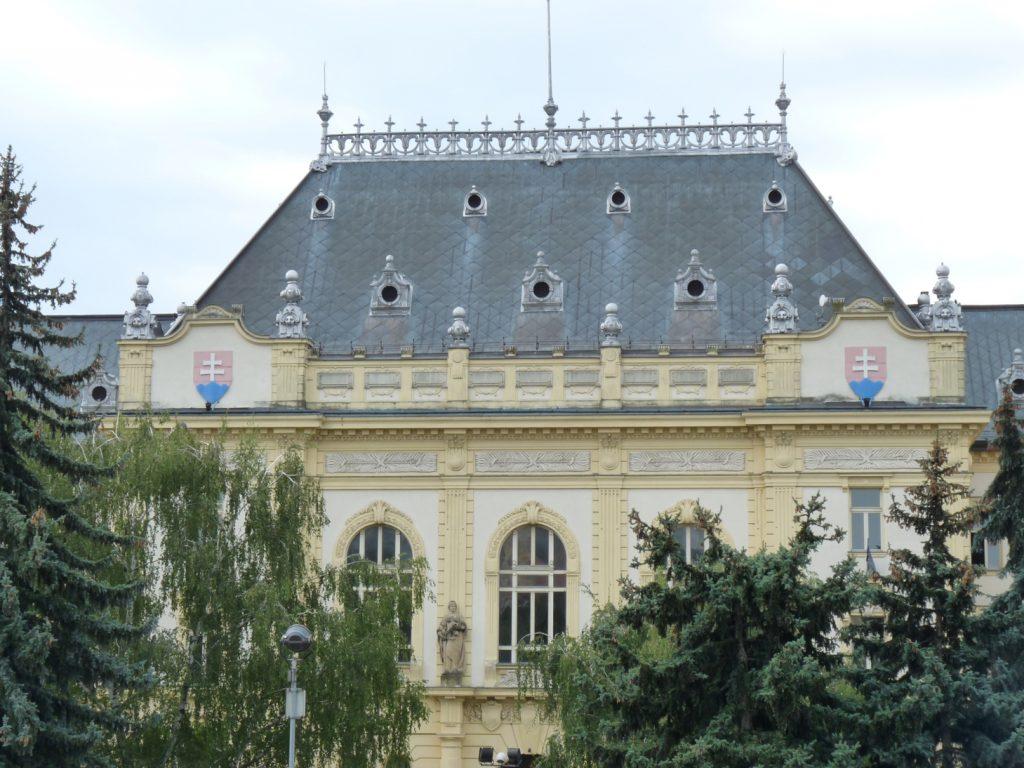 Törvényszéki palota