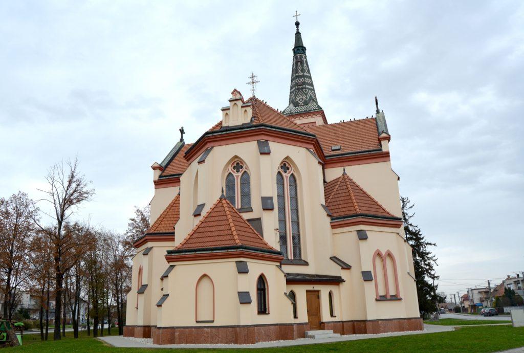 Szent István király plébániatemplom