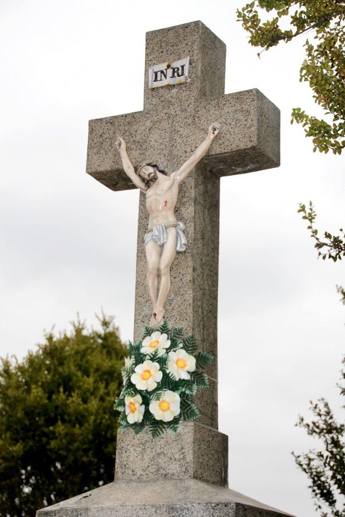 Temetői nagykereszt az öreg temetőben
