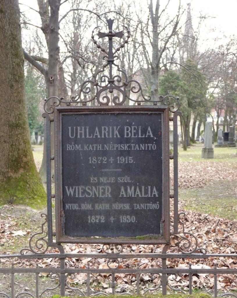 Uhlarik Béla és Weisner Amália sírja