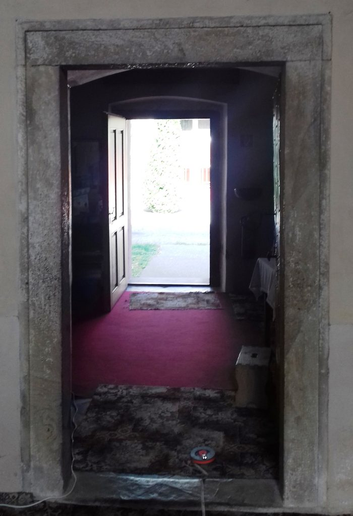 kohidgyarmat-szent-moric-a-sekrestye-bejarat
