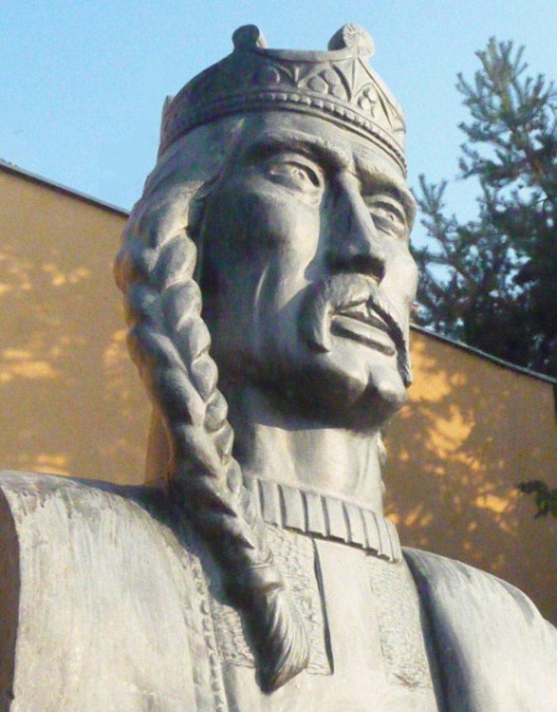 nagykapos-2-andras-szobor (1)