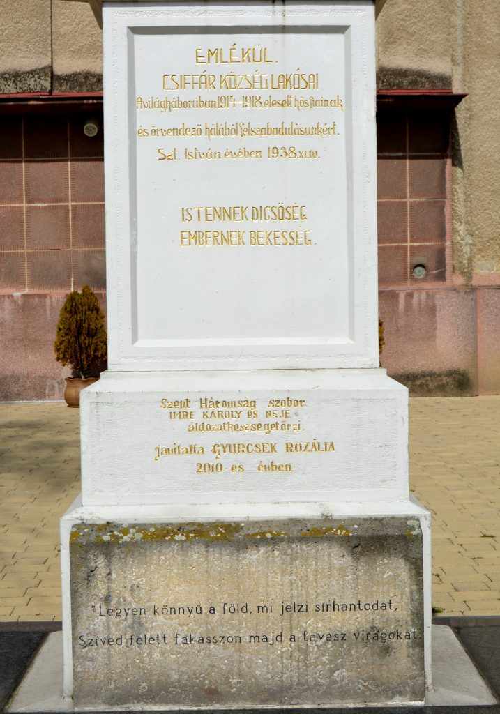 csiffar-szentharomsag-szobor (9)