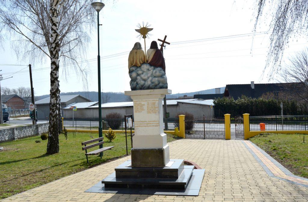 csiffar-szentharomsag-szobor (12)