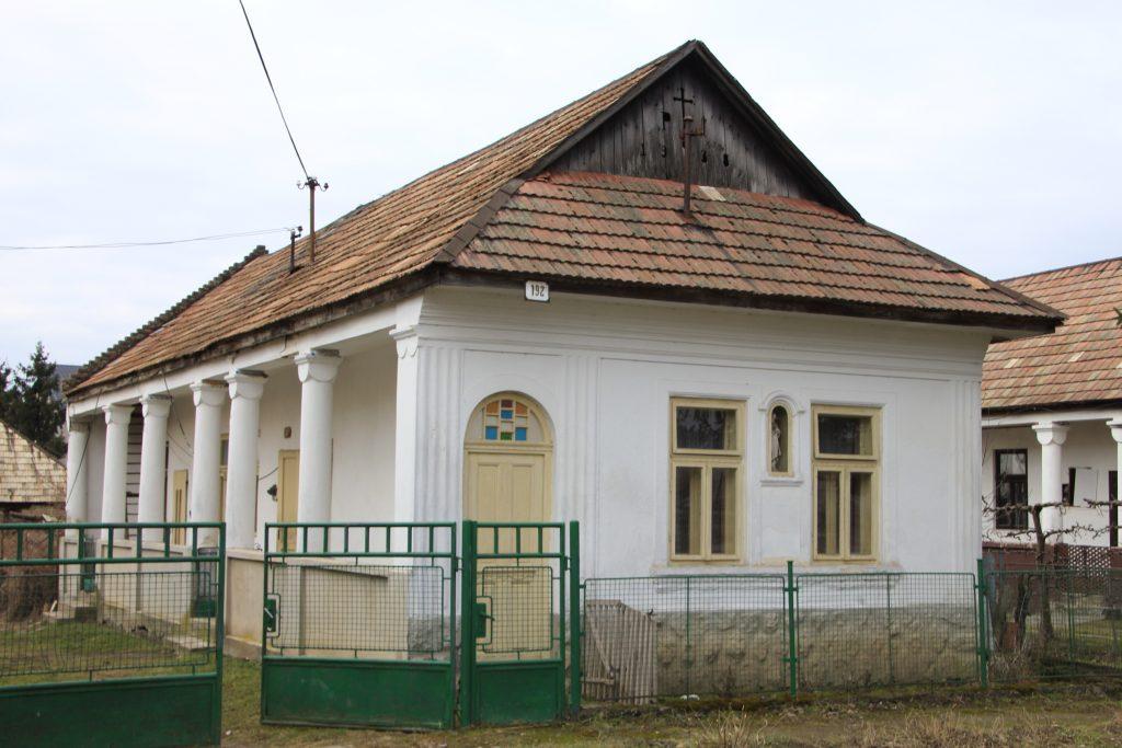 inam-192-es-porta-1
