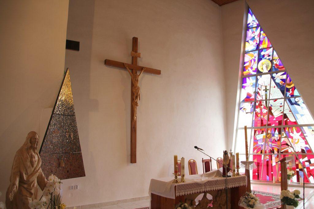 szlovakgyarmat-szent-imre-templom-15
