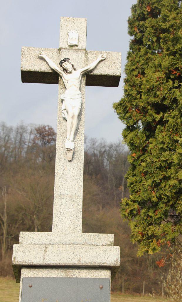 szecsenykovacsi-temeto-kereszt-2