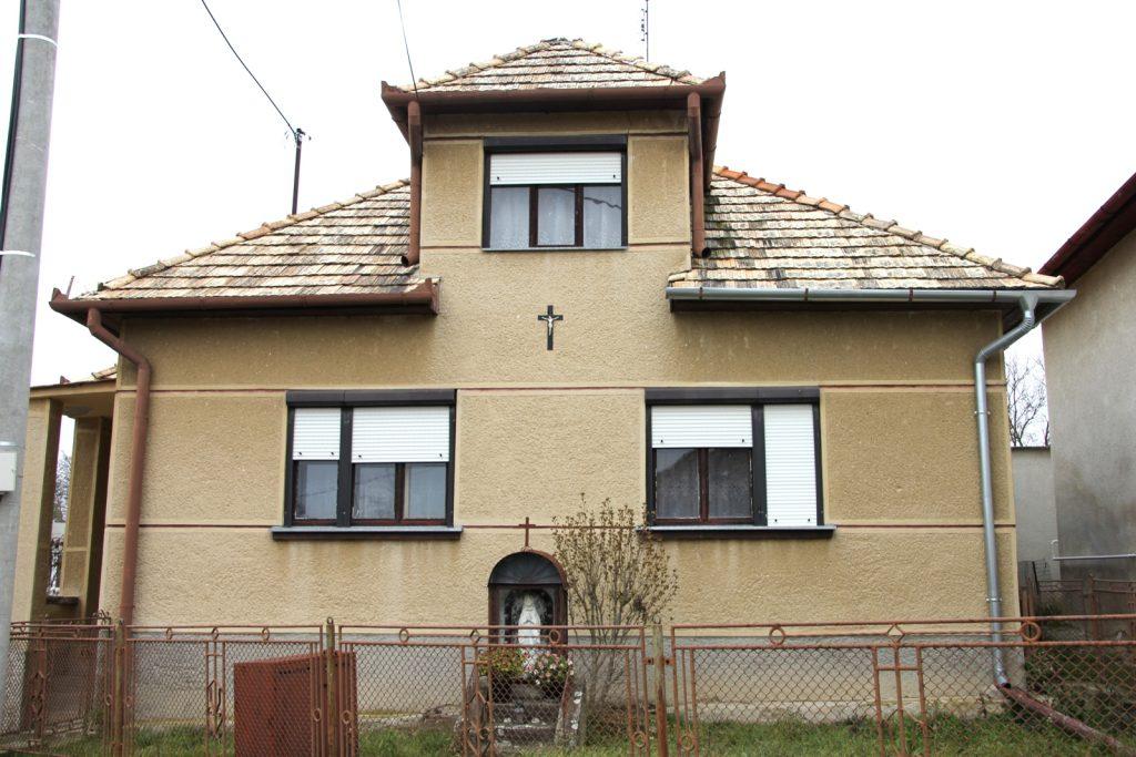 lukanenye-334-hsz-elotti-katko-barlang-1
