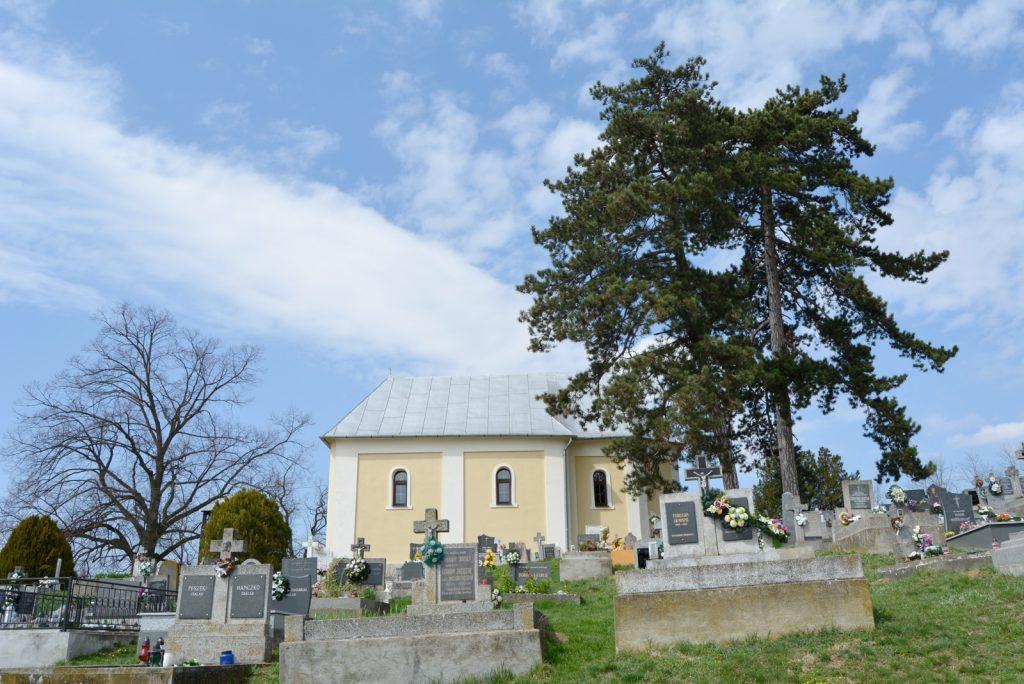 lonto-szent-antal-templom (8)