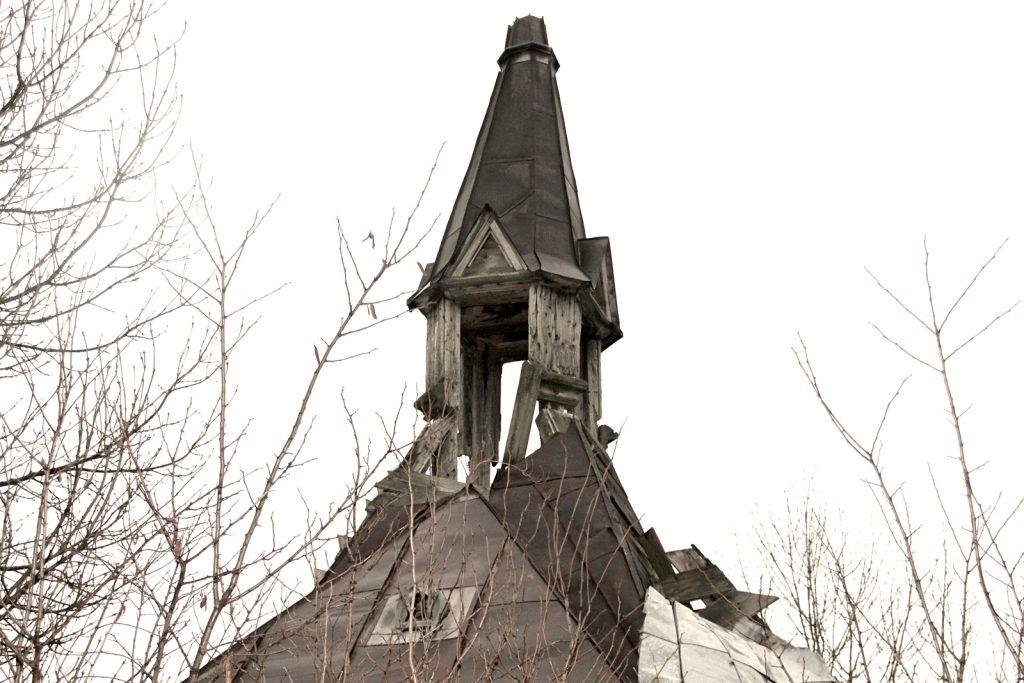 dacsokeszi-temetokapolna-3