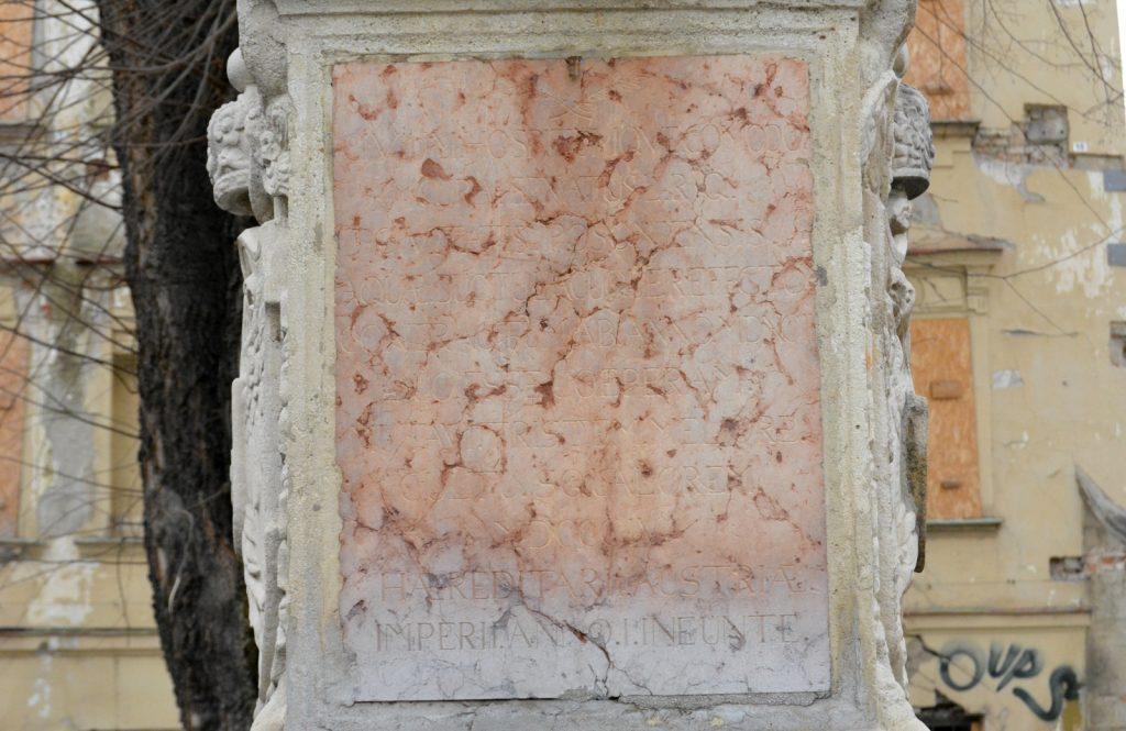 pozsony-korsos-asszony-szokokut (12)