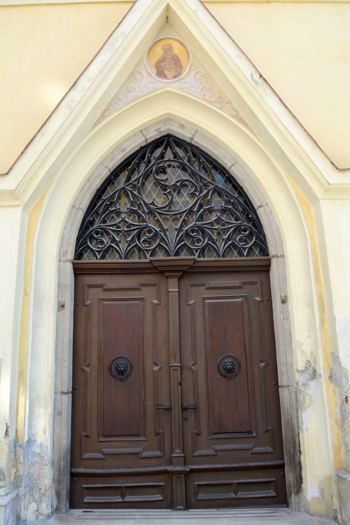selmecbanya-szent-erzsebet-kapolna (9)