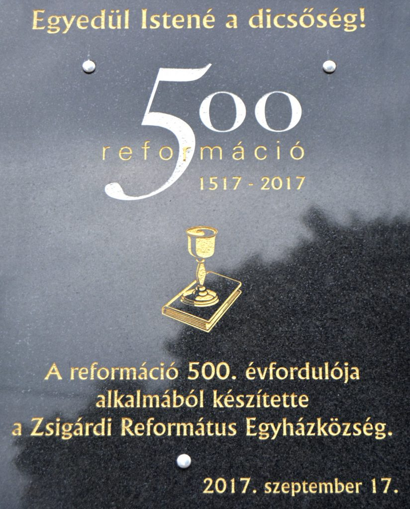 zsigard-kalvin-szobor-tabla (7)