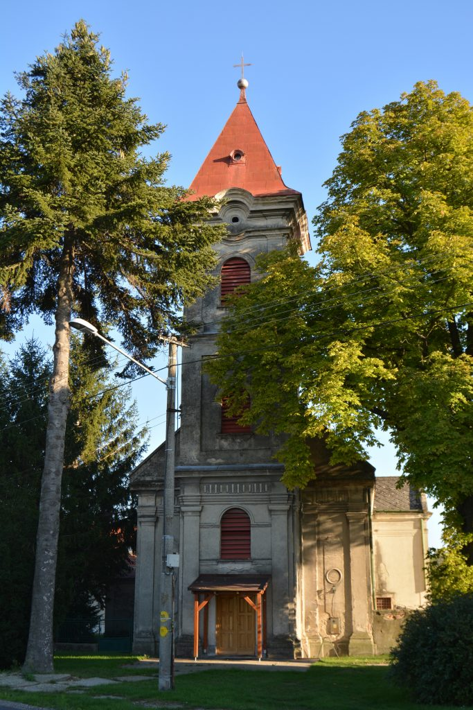 komaromfuss-katolikus-templom (5)