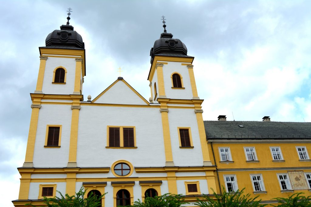 trencsen-szent-ferenc-templom-rendhaz (3)