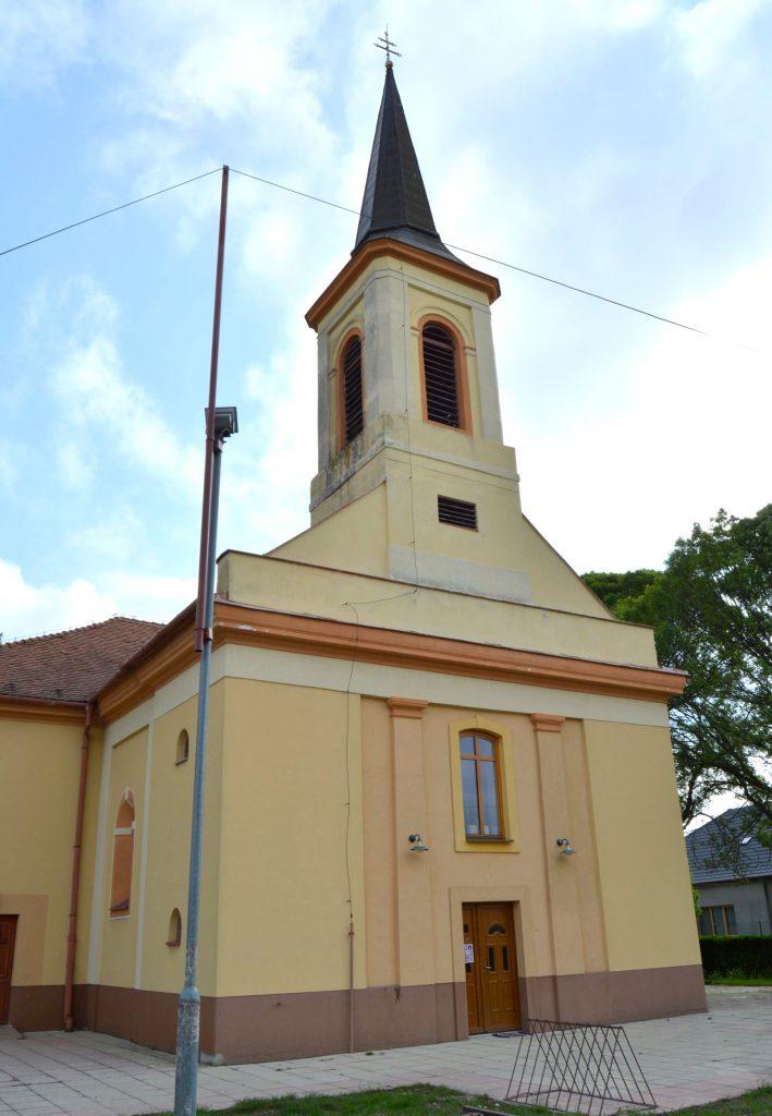 vagkiralyfa-katolikus-templom (4)