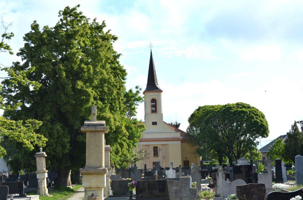 vagkiralyfa-katolikus-templom (5)