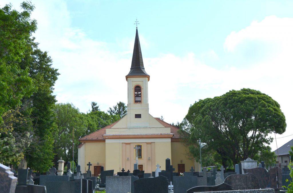 vagkiralyfa-katolikus-templom (6)