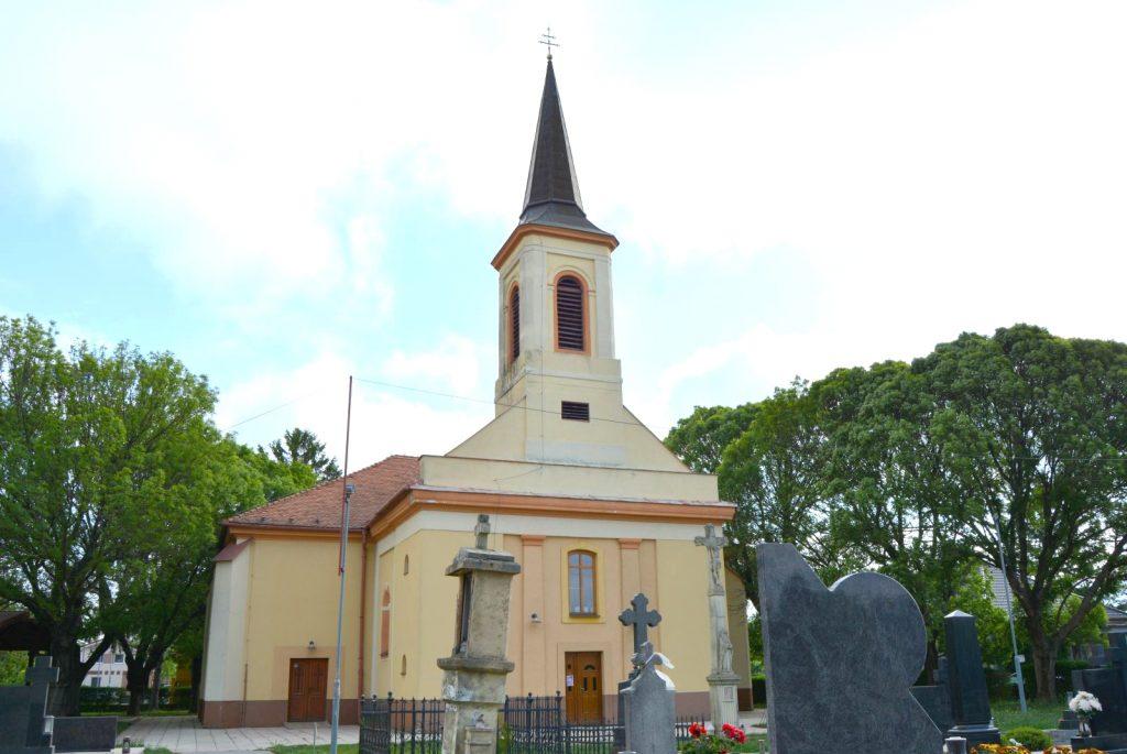 vagkiralyfa-katolikus-templom (7)