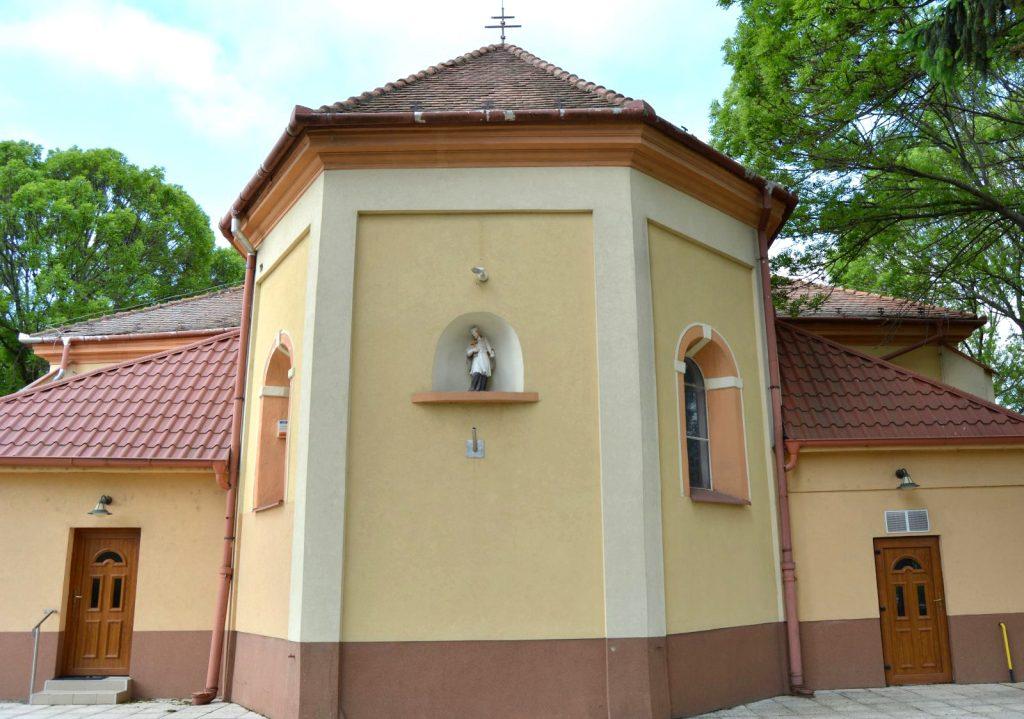 vagkiralyfa-katolikus-templom (8)