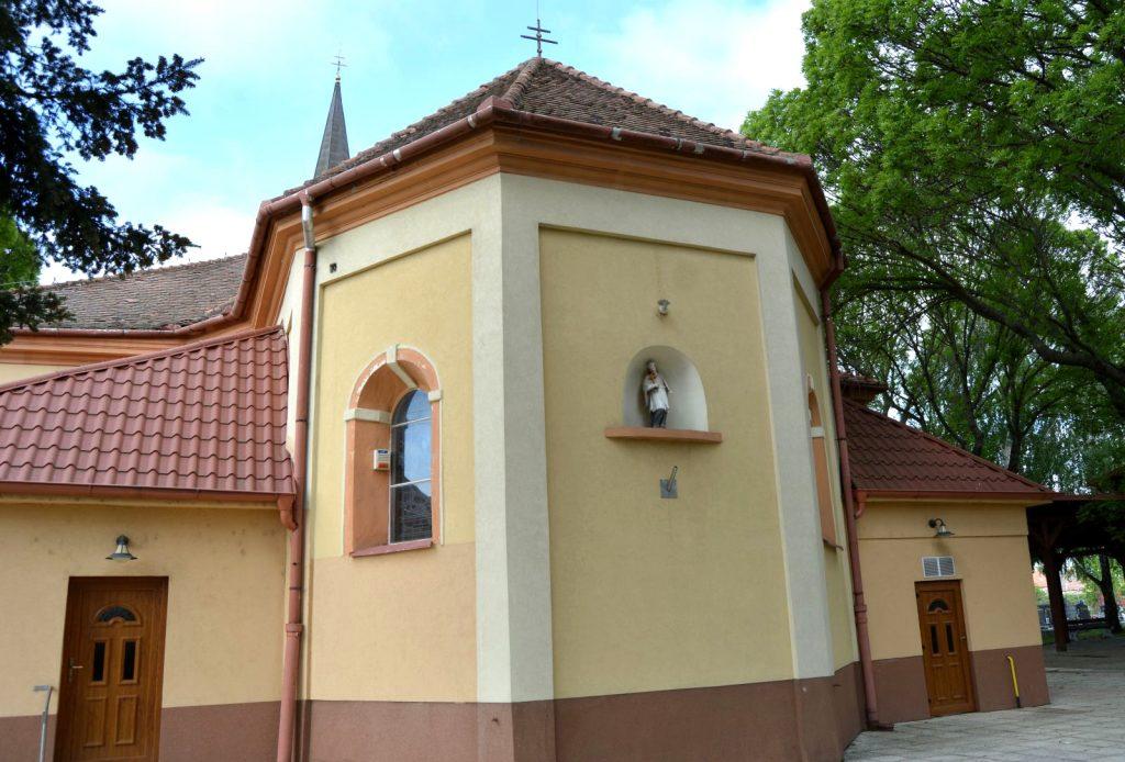 vagkiralyfa-katolikus-templom (9)