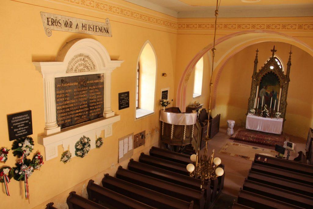gomorpanyit-templom-kitelepitesi-emlektabla-7