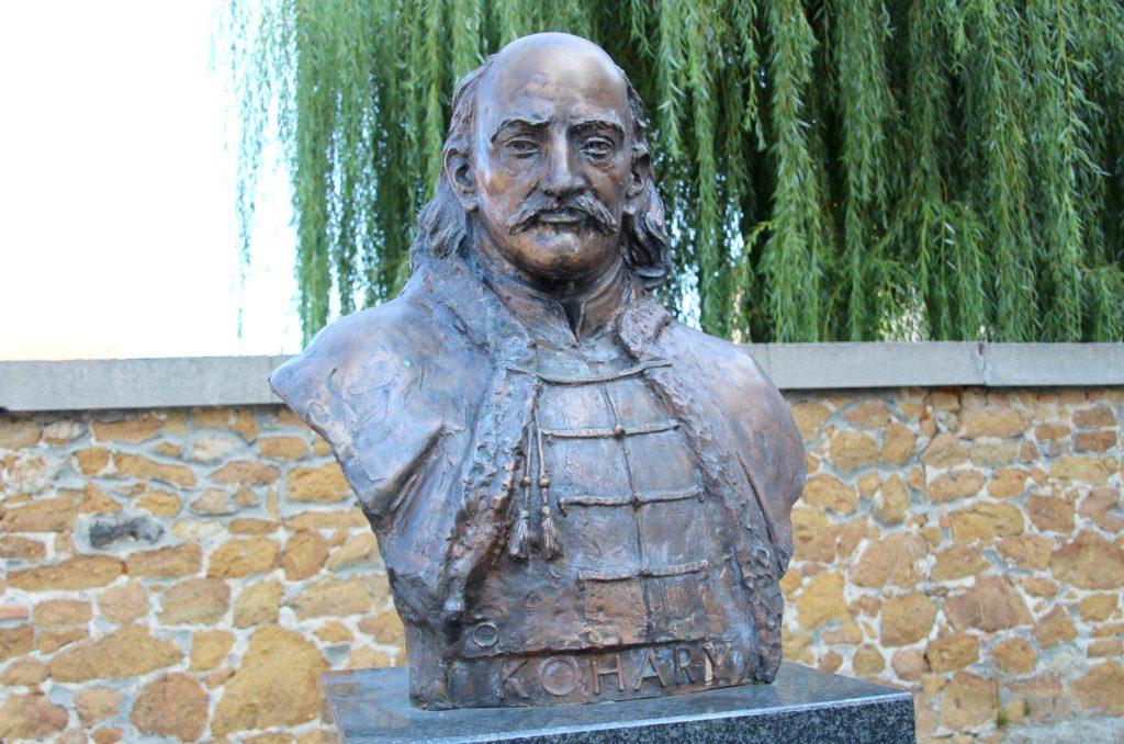 fulek-2-kohary-istvan-szobra (8)