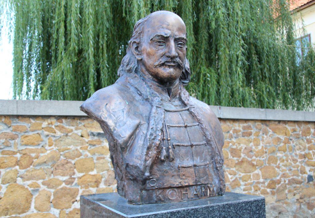 fulek-2-kohary-istvan-szobra (9)