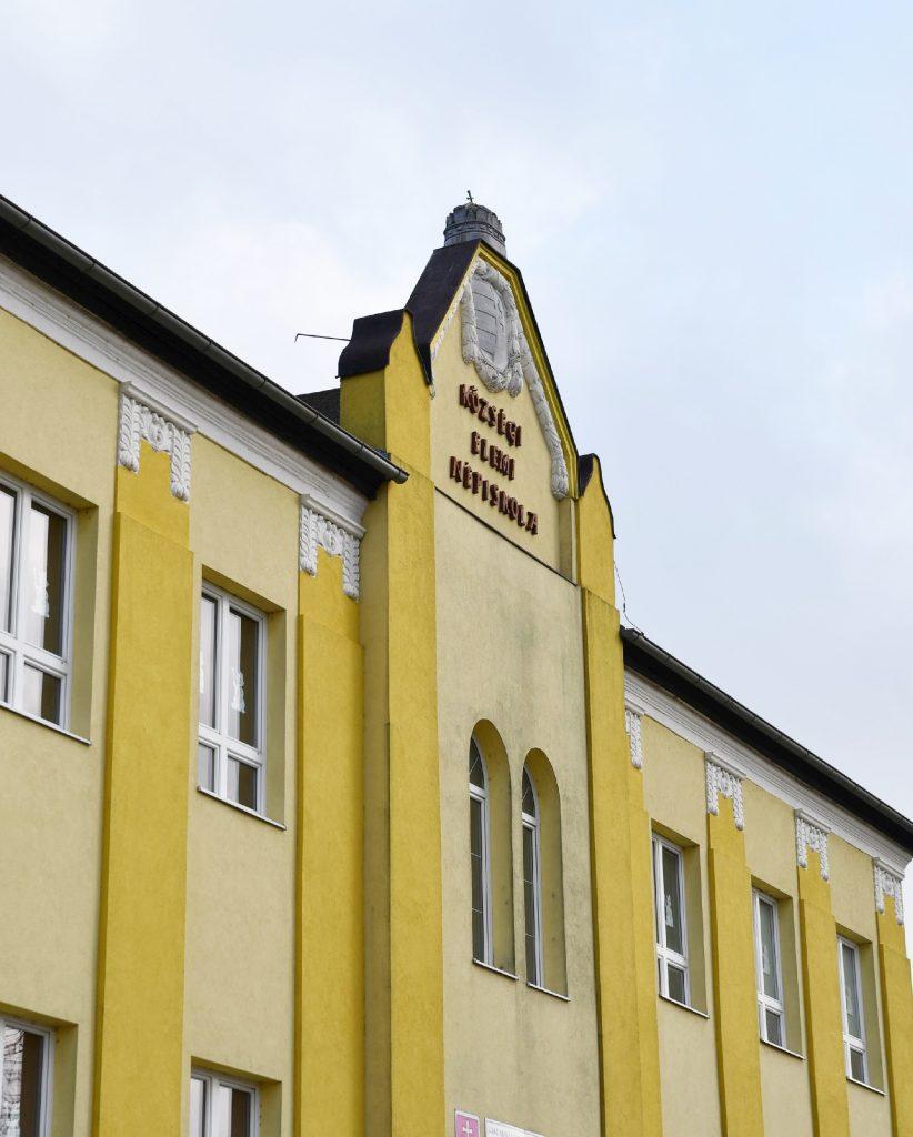 Muzsla_4000_iskola (6)