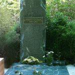 SZabó Gyula († 1972) síremléke