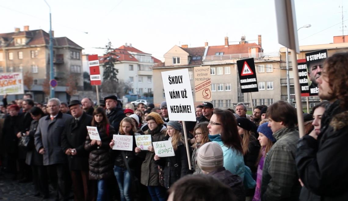 Videó a pozsonyi magyar tüntetésről