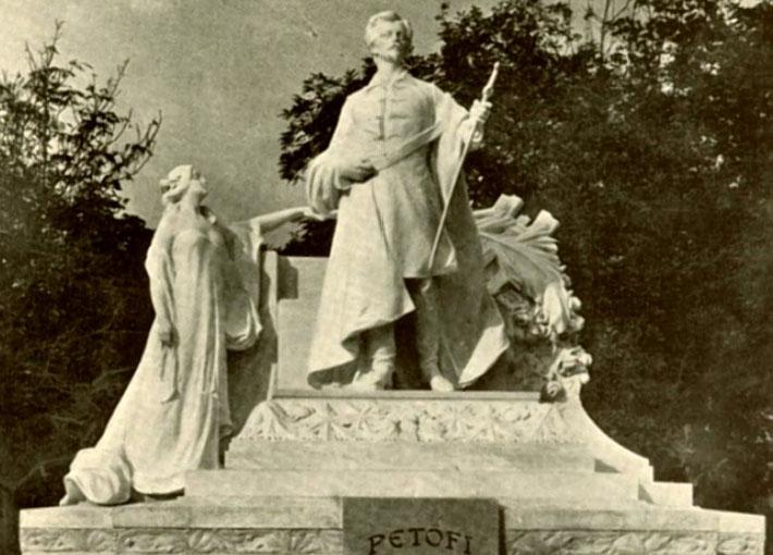 Socha Sádora Petőfiho v Prešporku, bola odhalená v roku 1911