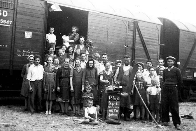 Vysídlenie Maďarov z Československa v roku 1947