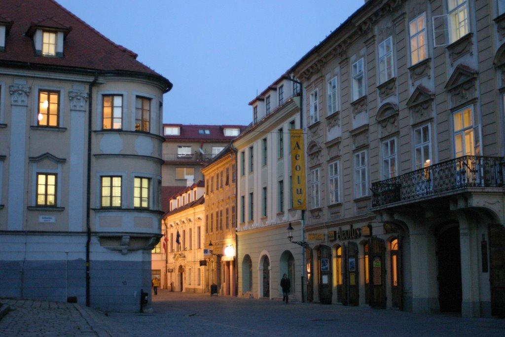 Rudnayovo namestie Bratislava