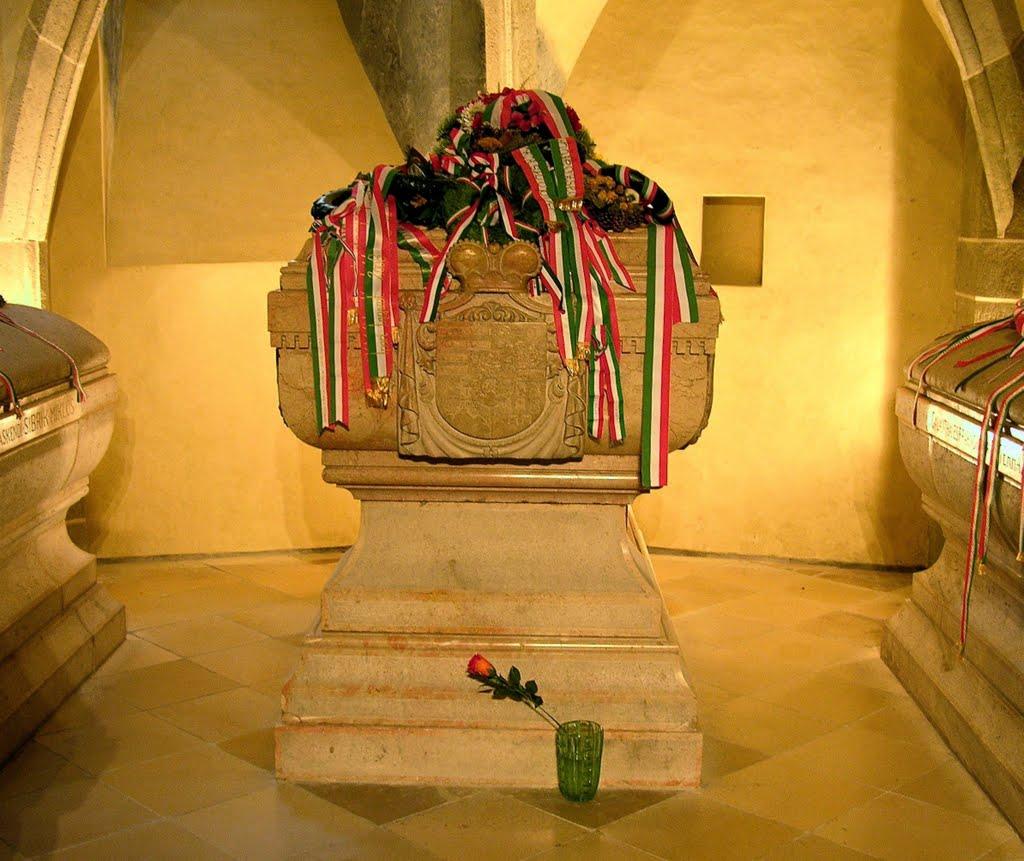 Dóm sv. Alžbety v Košiciach. V katedrálnej krypte sú uložené telesné pozostatky Ferenca II. Rákócziho.
