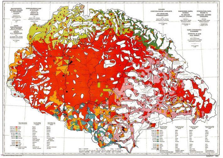 """Známa """"červená mapa"""" grófa Telekiho, predstavená na trianonskom rokovaní. Mapa znázorňuje národnostné zloženie Uhorska z roku 1910. Bola to prvá mapa na svete, kde sa pri národnostnom rozložení obyvateľstva berie ohľad aj na hustotu obyvateľstva."""