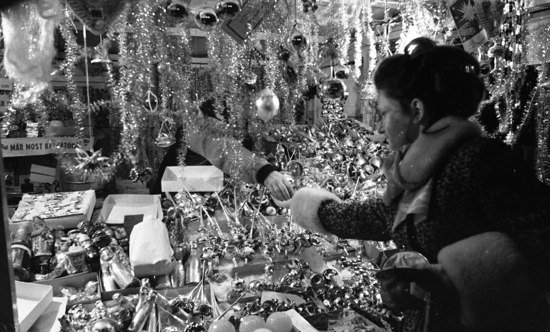 Vianočné trhy v Budapešti, 1976.