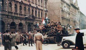 Gyertyagyújtással egybekötött kassai megemlékezés az 1956-os forradalom és szabadságharc 65. évfordulója alkalmából